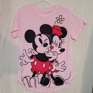 Disney Mickey and Minnie Mouse Shirt